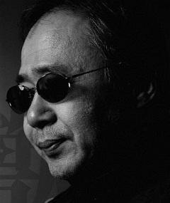 Gambar Yoshiaki Kawajiri