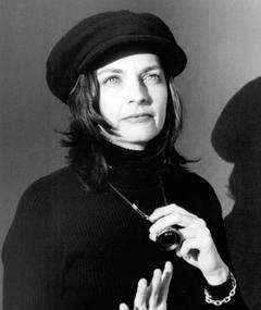 Photo of Lynne Stopkewich