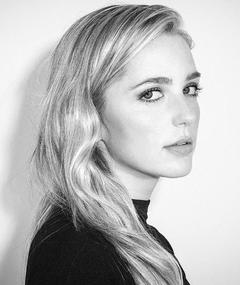 Photo of Jessica Rothe