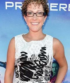 Photo of Nicole Perlman