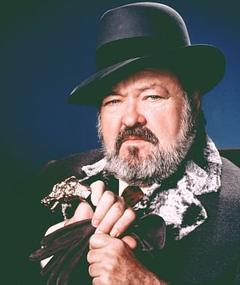 Poza lui William Conrad
