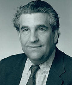 Photo of Robert Mandel