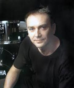 Photo of Paul Elliott