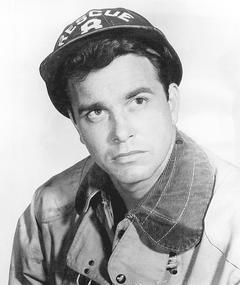 Lang Jeffries adlı kişinin fotoğrafı