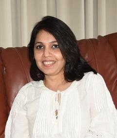 Zeenat Lakhani adlı kişinin fotoğrafı