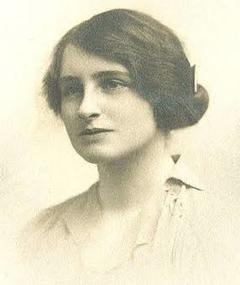 Photo of Vera Brittain