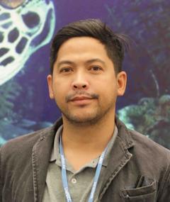Photo of Ray Nayoan