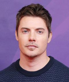 Photo of Josh Henderson