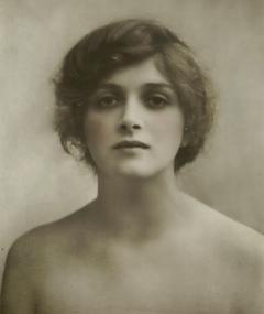 Photo of Gladys Fairbanks