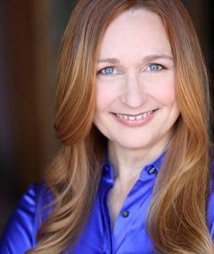 Photo of Cathy Cavadini