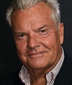 Photo of Peter Jason