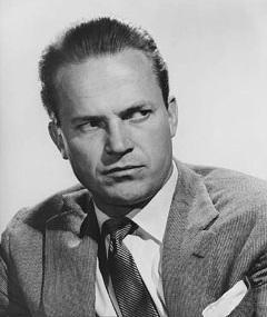 Photo of Ralph Meeker
