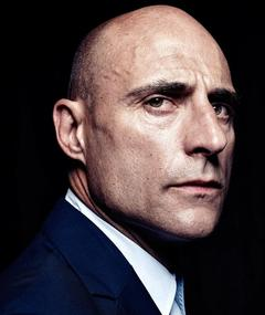 Photo of Mark Strong