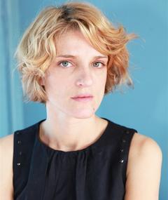 Olivia Côte adlı kişinin fotoğrafı
