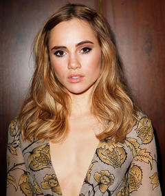 Photo of Suki Waterhouse