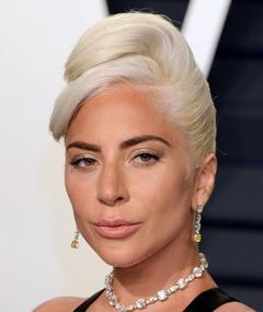 Lady Gaga adlı kişinin fotoğrafı