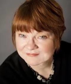 Photo of Pamela Wallace