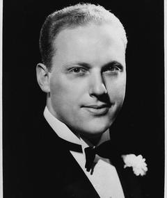 Photo of Howard Petrie