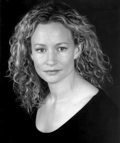 Photo of Lorraine Pilkington