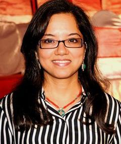 Tanuja Chandra adlı kişinin fotoğrafı