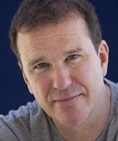 Photo of Douglas Hodge