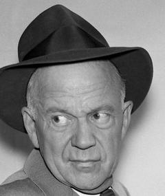Photo of Willis Bouchey
