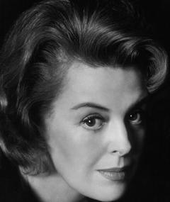 Photo of Patricia Donahue