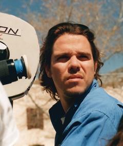 Carlos González adlı kişinin fotoğrafı