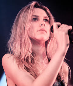 Photo of Ellie Rowsell
