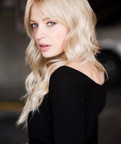 Photo of Chloe Farnworth