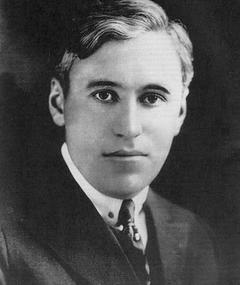 Photo of Oscar Apfel