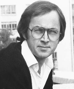 Photo of Peter Egan