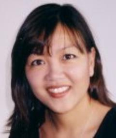 Gambar Julie Fong