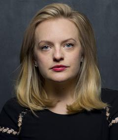 Photo of Elisabeth Moss