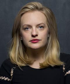Photo of Elisabeth Moss