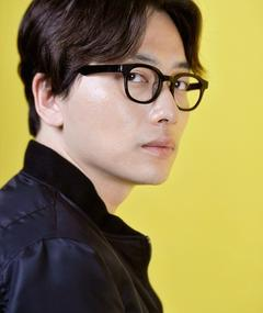 Photo of Lee Dong-Hwi