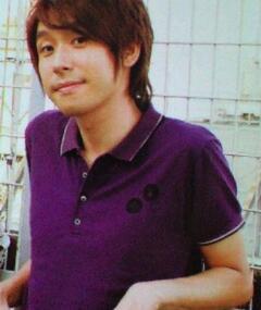 Kenichi Suzumura adlı kişinin fotoğrafı