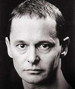 Photo of Jonathan Oliver