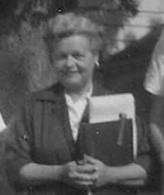Photo of Lillie Hayward