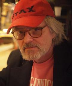 Photo of Lloyd Fonvielle