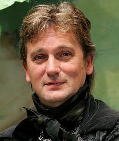 Photo of Simon Shepherd