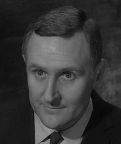 Gambar Peter Vaughan