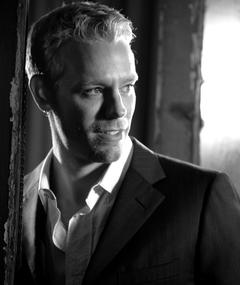 Photo of Adam Pascal