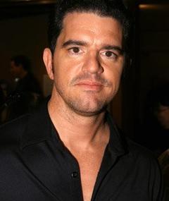 Photo of Aaron Schneider
