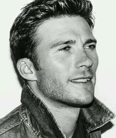 Photo of Scott Eastwood