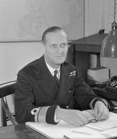 Photo of Desmond McCarthy