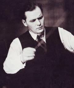 Muir Mathieson adlı kişinin fotoğrafı