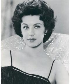 Photo of Carmen Phillips
