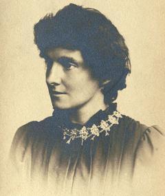 Photo of E. Nesbit