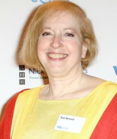 Photo of Gail Renard